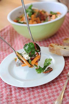Zdravá strava s vyšším obsahem zelené zeleniny